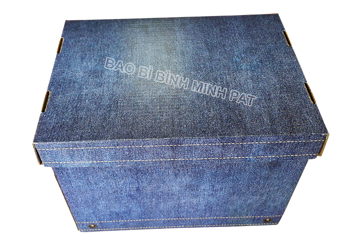 Fashionable luxury custom paper clothing jean packaging box